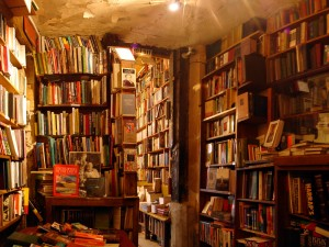 Shakespeare and Company bookshop (Alexandre Duret-Lutz, Paris 2006)