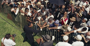 Aug 24 3 mlk_shaking_hands-P