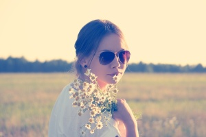 girl-flowers-girl-with-daisies-and-shades-for-mothering-article